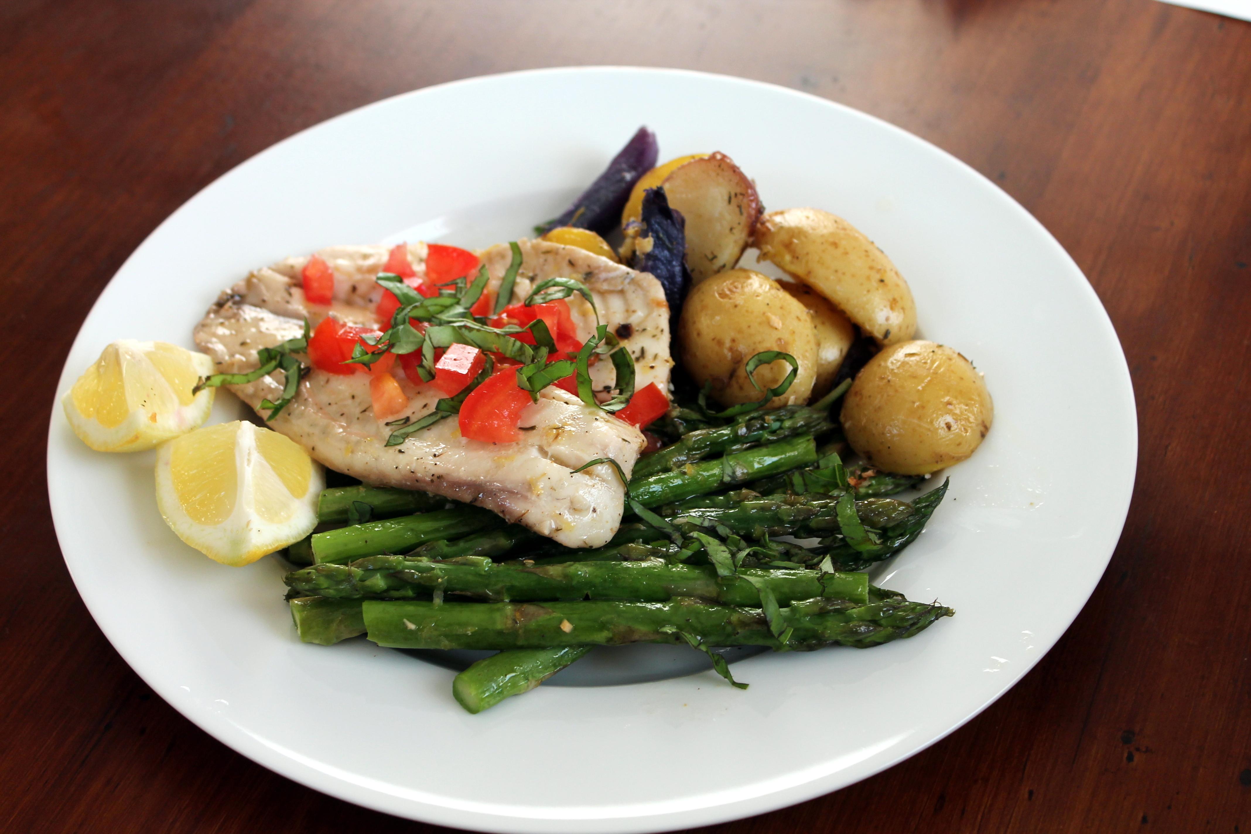 Tags: Asparagus, Baked, Easy, Fish, Lemon, Potato, Potatoes, Roasting,  Tilapia